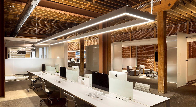 مزایای استفاده از چراغهای خطی در نورپردازی